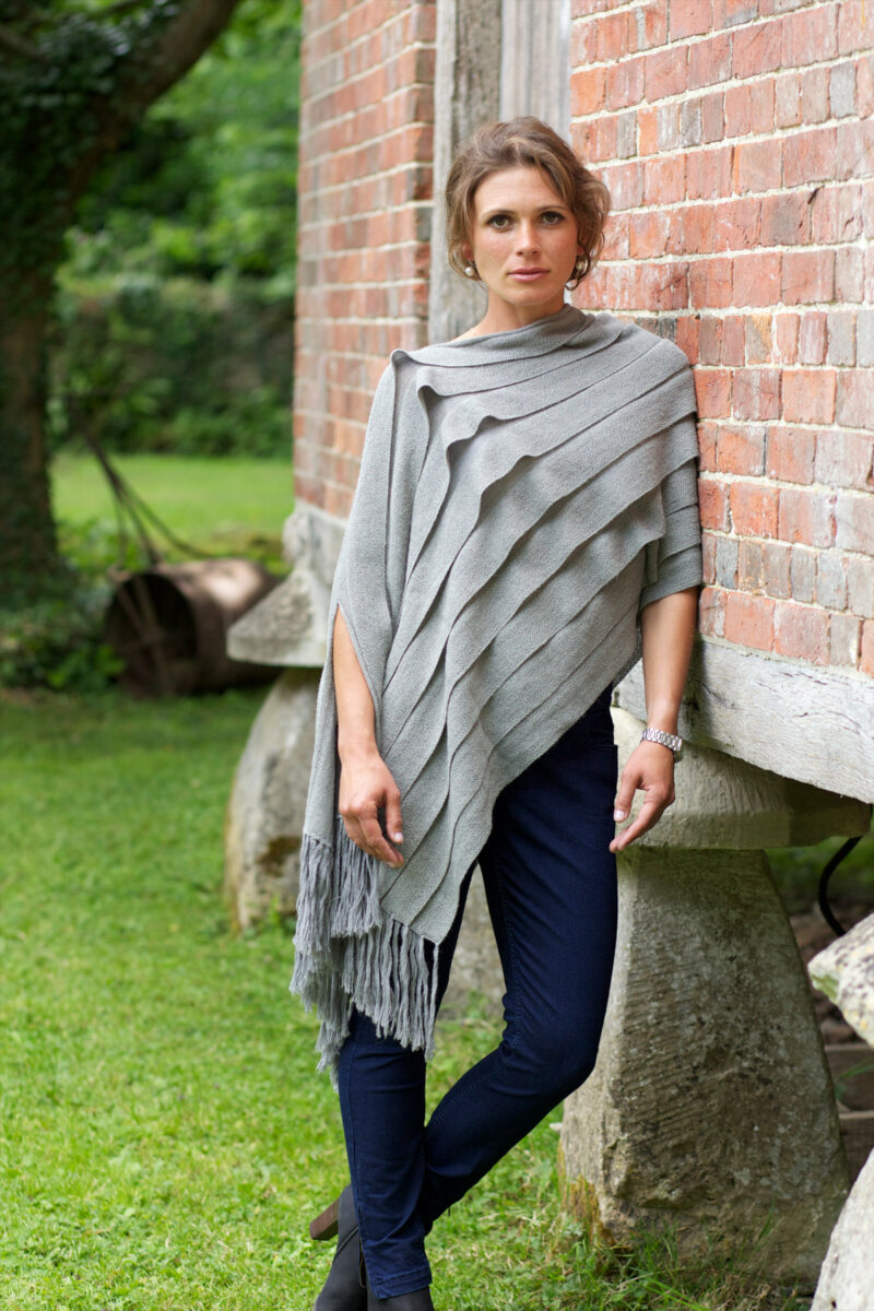 Silver Emperatriz Pleated Shawl with Fringes